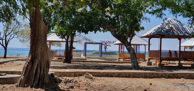 pantai tanjung bastian, wisata wini yang populer