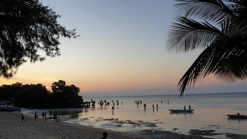 ragam wisata seru di pantai walakiri