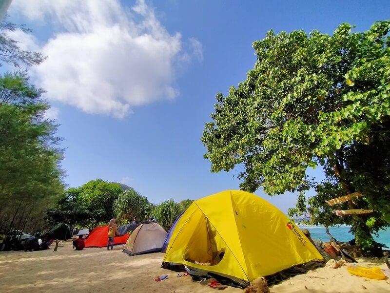 camping di pantai watu leter