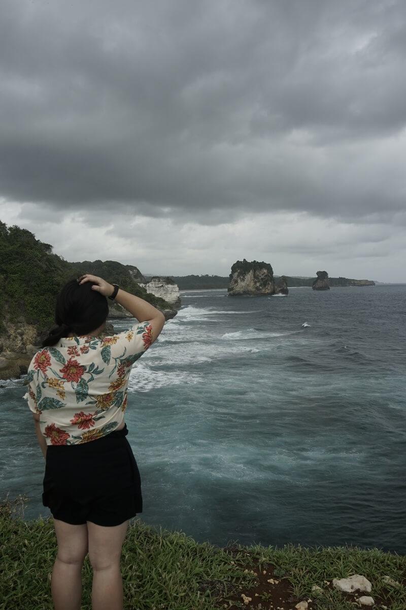 sisi legenda pantai watu malandong