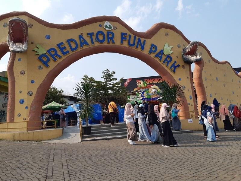 taman hiburan predator