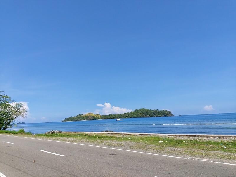 jalan menuju pulau diyonumo