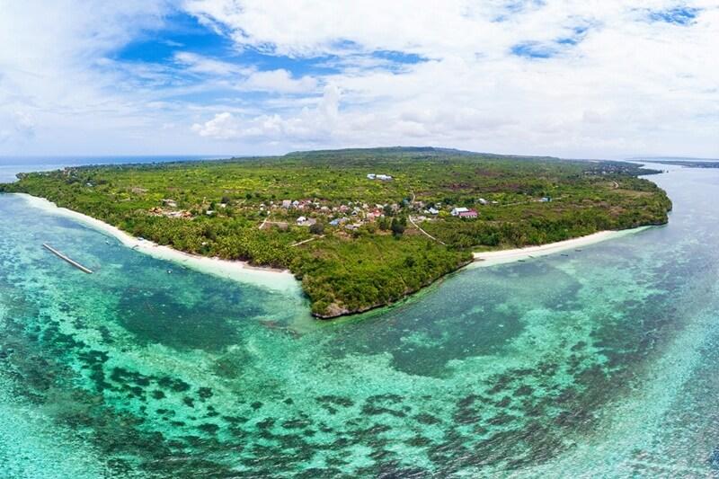 pulau tomia wakatobi