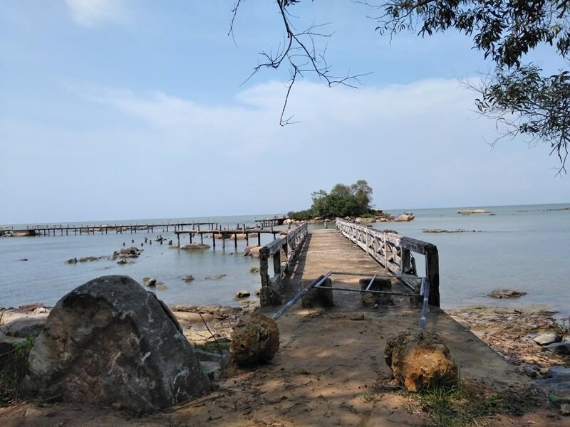 jembatan menuju pulau simping