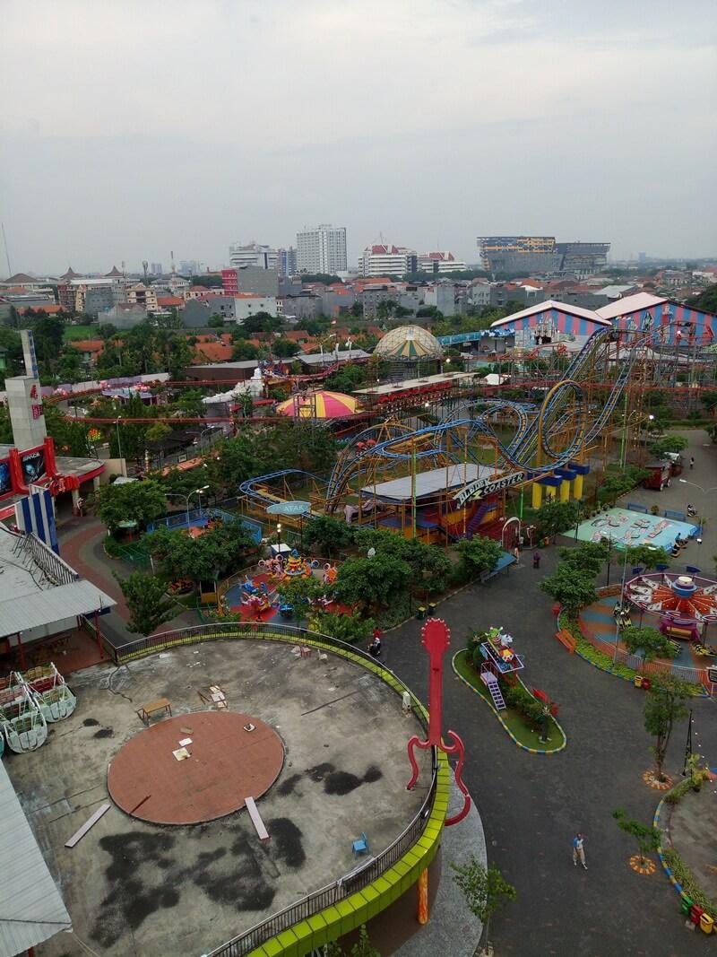 landscape suroboyo carnival