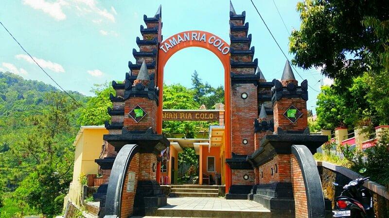 salah satu tempat wisata di desa colo