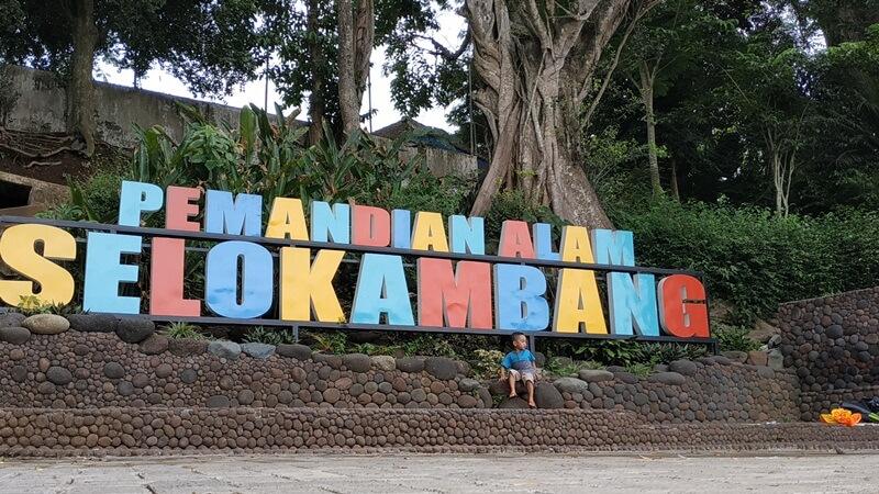 landmark pemandian alam selokambang