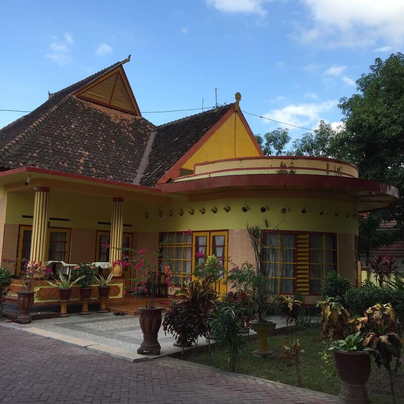 istana bala kuning